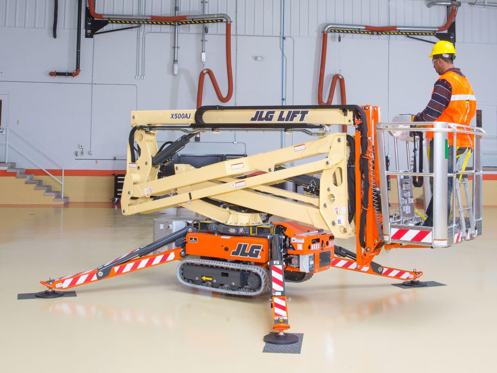 X500AJ Compact Crawler Boom Lift | JLG